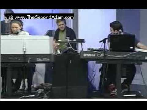 Be Still (Prophetic Song)-Misty Edwards