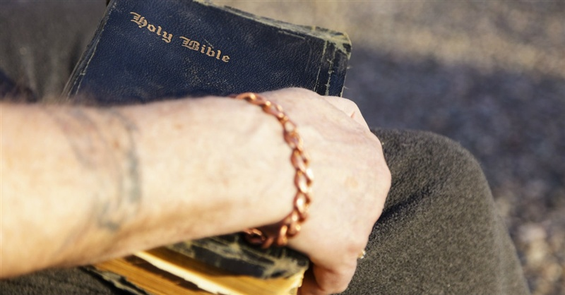 Fewer Hotels Allowing Bibles in Rooms