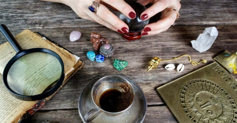 More and More Millennials are Turning to Witchcraft in Place of Religion