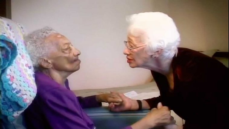 Woman Sings 'Jesus Loves Me' To An Alzheimer's Patient. Then This Supernatural Breakthrough Happened!