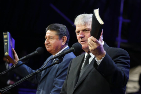 Franklin Graham's 'Festival of Hope' Reaches 94,500 Colombians, Venezuelan Refugees with Love of Christ